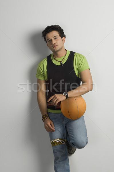 Retrato hombre baloncesto moda moderna Foto stock © imagedb