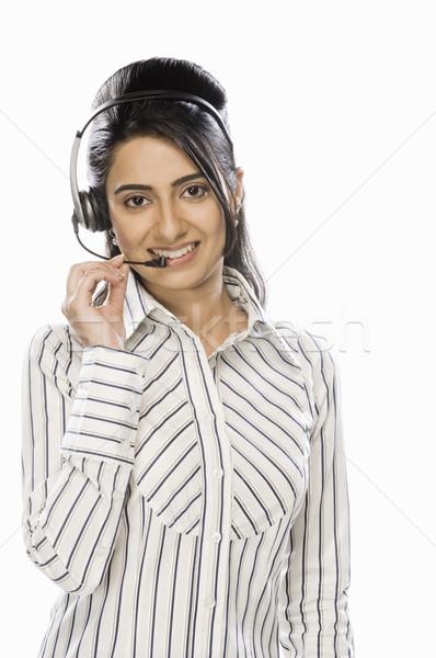 обслуживание клиентов представитель гарнитура улыбаясь портрет Сток-фото © imagedb
