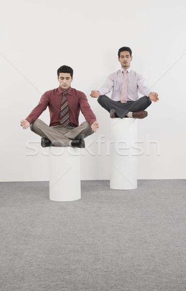 Kettő üzletemberek gyakorol jóga üzlet sport Stock fotó © imagedb