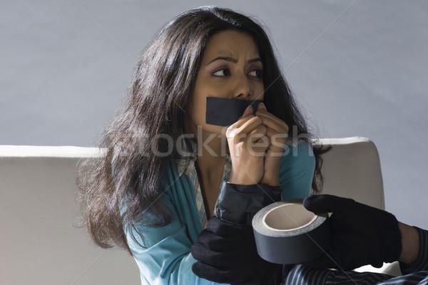 Handen plakband rond jonge zwarte Stockfoto © imagedb