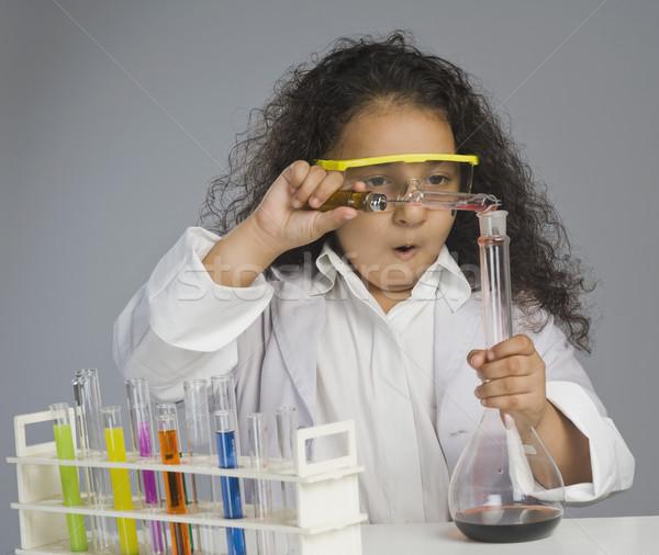 Fille scientifique enfant science laboratoire chimie Photo stock © imagedb