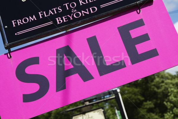 Közelkép hirdetés tábla köztársaság fa felirat Stock fotó © imagedb