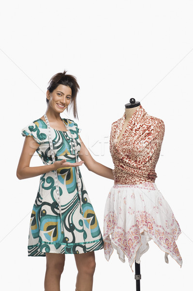 Homme mode designer robe permanent Photo stock © imagedb