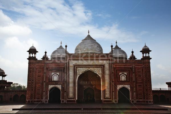 Homlokzat mecset Taj Mahal India felhő építészet Stock fotó © imagedb