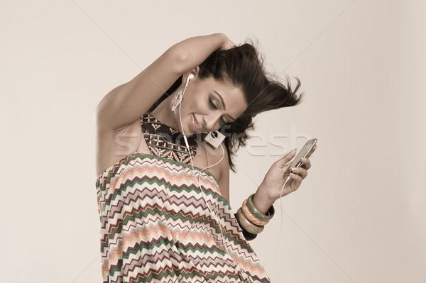 Frau Musik hören Tanz Mode Spaß jungen Stock foto © imagedb