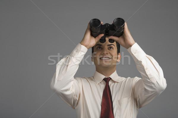 Zakenman naar verrekijker business technologie avontuur Stockfoto © imagedb