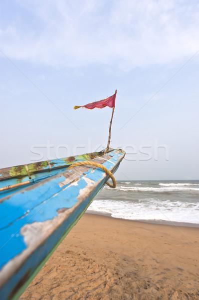 Klein vlag boeg vissersboot Indië strand Stockfoto © imagedb