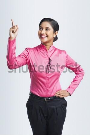 портрет деловая женщина вызывать знак бизнеса Сток-фото © imagedb