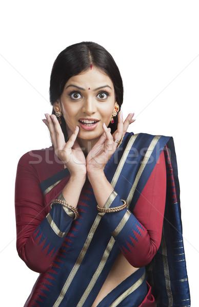 Tradicionalmente indiano mulher olhando surpreendido sorridente Foto stock © imagedb