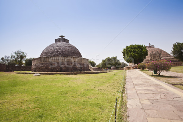 Ancient Buddhist stupas at Sanchi, Madhya Pradesh, India Stock photo © imagedb