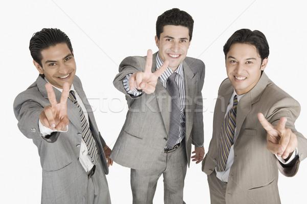 Ritratto tre imprenditori pace segni Foto d'archivio © imagedb