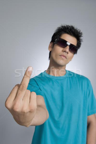 Primer plano hombre obsceno gesto signo Foto stock © imagedb