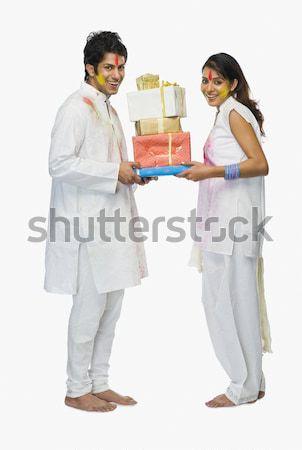 çift hediyeler diwali gülen ayakta Stok fotoğraf © imagedb