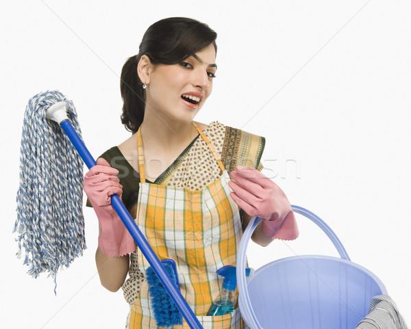Vrouw huis werken schone glimlachend Stockfoto © imagedb