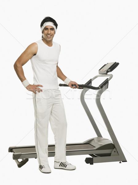 Portrait homme permanent fitness Photo stock © imagedb
