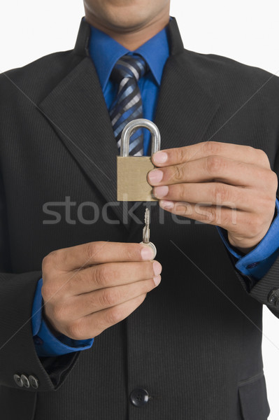 Ingatlanügynök kulcs zár üzlet férfi fém Stock fotó © imagedb