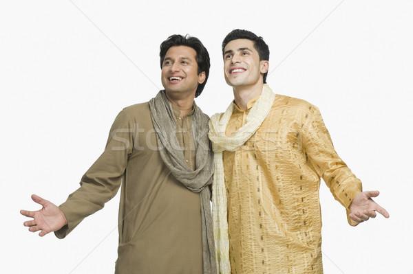 Kettő barátok mosolyog együtt mosoly boldogság Stock fotó © imagedb