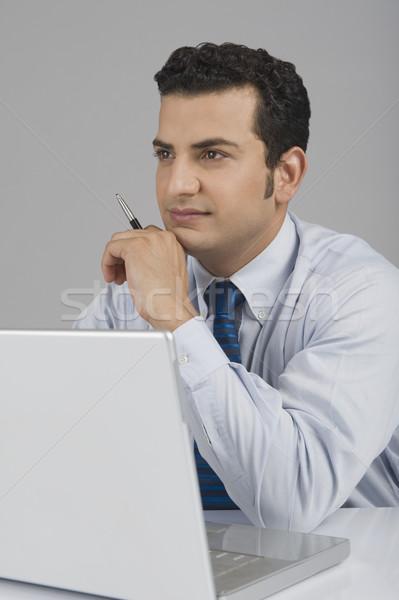 бизнесмен ноутбука компьютер технологий столе подчеркнуть Сток-фото © imagedb
