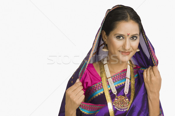 Portret kobieta biżuteria uśmiechnięty młodych Zdjęcia stock © imagedb