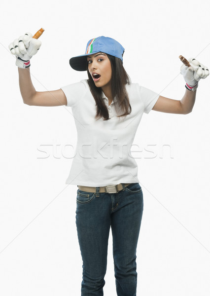 Portret vrouwelijke cricket fan juichen vrouw Stockfoto © imagedb