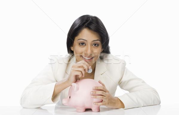 Geschäftsfrau Münze Sparschwein Frau Porträt Finanzierung Stock foto © imagedb