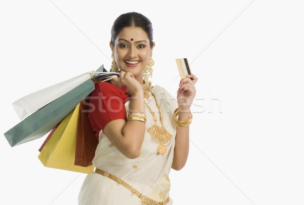 Nő hagyományos dél indiai tart bevásárlótáskák Stock fotó © imagedb