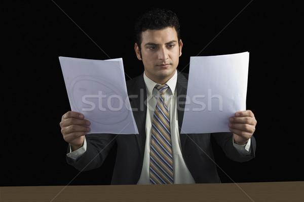 бизнесмен два документы бизнеса таблице Сток-фото © imagedb
