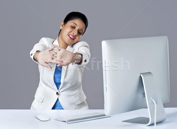 Stock fotó: üzletasszony · nyújtás · iroda · üzlet · nő · technológia