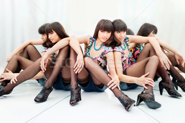 Stockfoto: Vrouw · mooie · vrouw · twee · reflectie · mooie · hielen