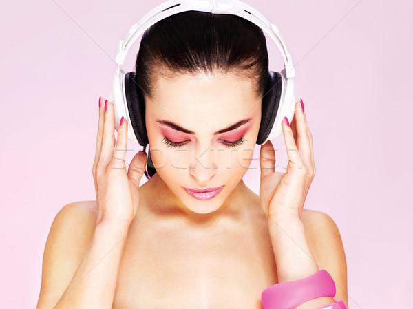 Kadın kulaklık güzel kadın güzellik parmak ses Stok fotoğraf © imarin