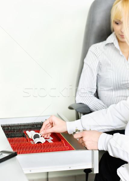 Lencse keret szem tesztelés női orvosok Stock fotó © imarin