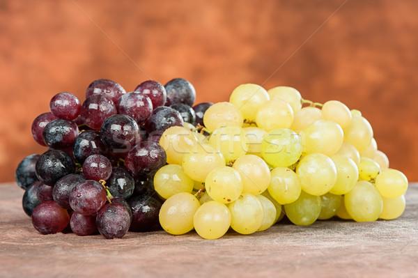 Rood witte druif nat Stockfoto © imarin