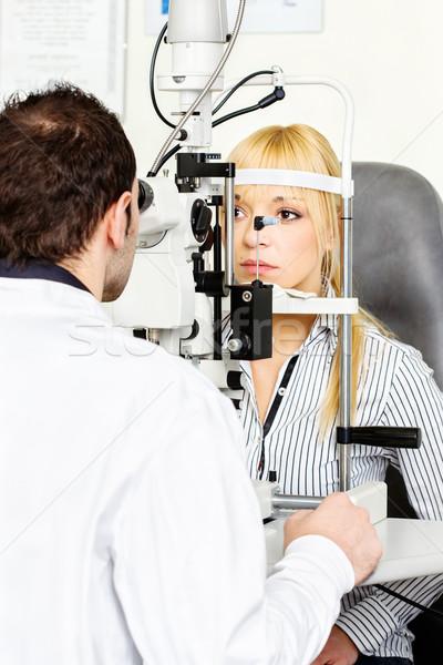 Oog onderzoek oogarts arts werk Stockfoto © imarin