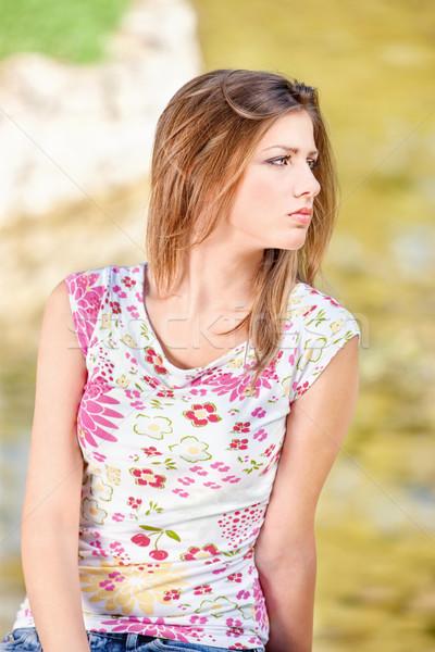 Vrouw park mooie vrouw outdoor gras Stockfoto © imarin