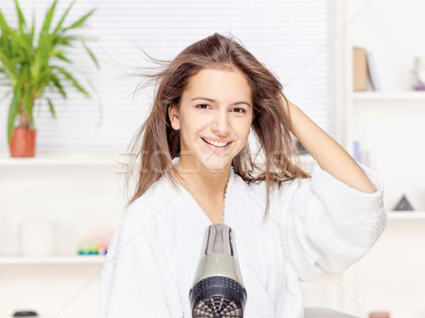 Stockfoto: Vrouw · haren · home · jonge · vrouw · gelukkig · gezondheid