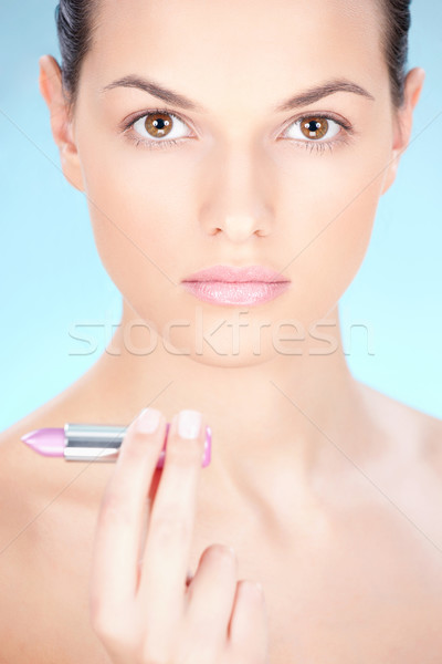 Csinos fiatal nő csinos nő tart rúzs kéz Stock fotó © imarin