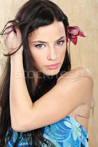 Csinos nő kék ruha nedves üveg nő Stock fotó © imarin
