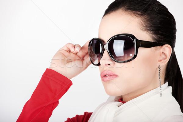 Csinos nő nagy nap szemüveg Stock fotó © imarin