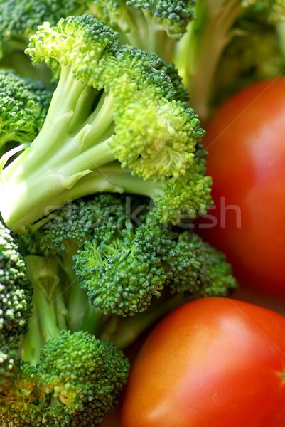 Brócolis maduro tomates saúde jantar vermelho Foto stock © inaquim