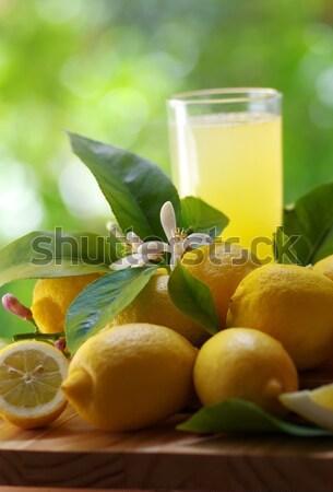 Bira cam zeytin arka plan yeşil içmek Stok fotoğraf © inaquim