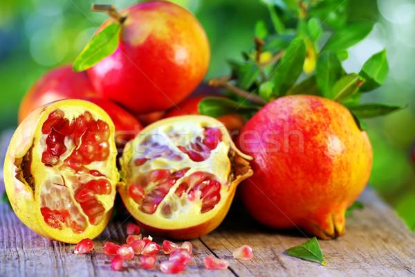 Maduro tabela comida natureza vermelho alimentação Foto stock © inaquim