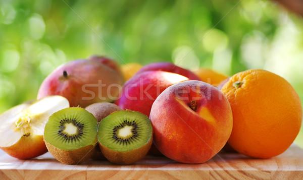 оранжевый персика фрукты фон таблице Сток-фото © inaquim