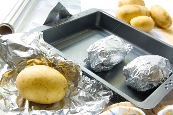 Gebakken voorbereiding aluminium voedsel koken Stockfoto © IngaNielsen