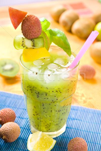 Kiwi cocktail glas smoothie vruchten ingericht Stockfoto © IngaNielsen