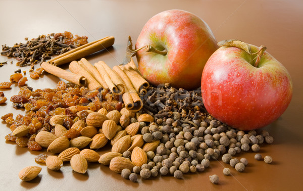 Apples and spices Stock photo © IngaNielsen