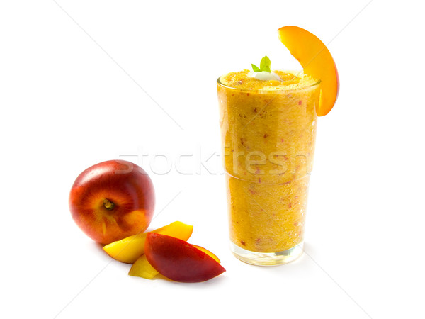 Nectarine smoothie verre isolé blanche fruits Photo stock © IngaNielsen