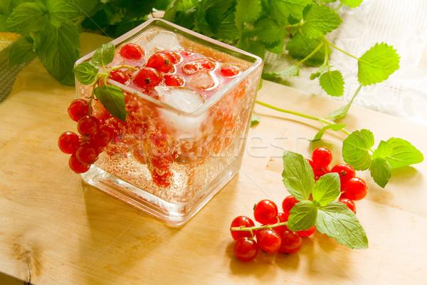 Berry cóctel grosella bayas hielo menta Foto stock © IngaNielsen