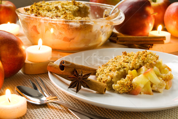 Apple crumble Stock photo © IngaNielsen
