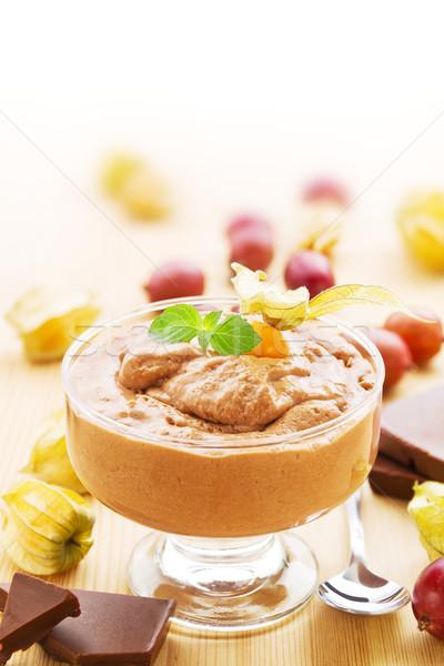Mus czekoladowy owoce deser owoców biały Zdjęcia stock © IngaNielsen
