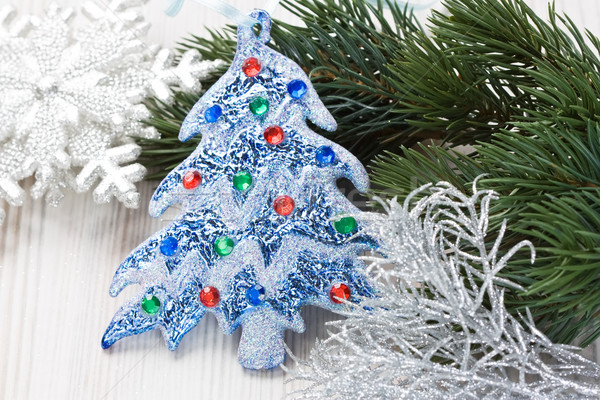 Karácsonyfa díszítések fenyő ágak hópehely fából készült Stock fotó © IngridsI